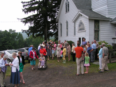 The Cabin Hill Presbyterian Church, 1833 – 2008, celebrated 175 years of service to God and Community on July 11th & 12th with a musical program and refreshments on Saturday afternoon and a morning service, luncheon and fellowship on Sunday.
