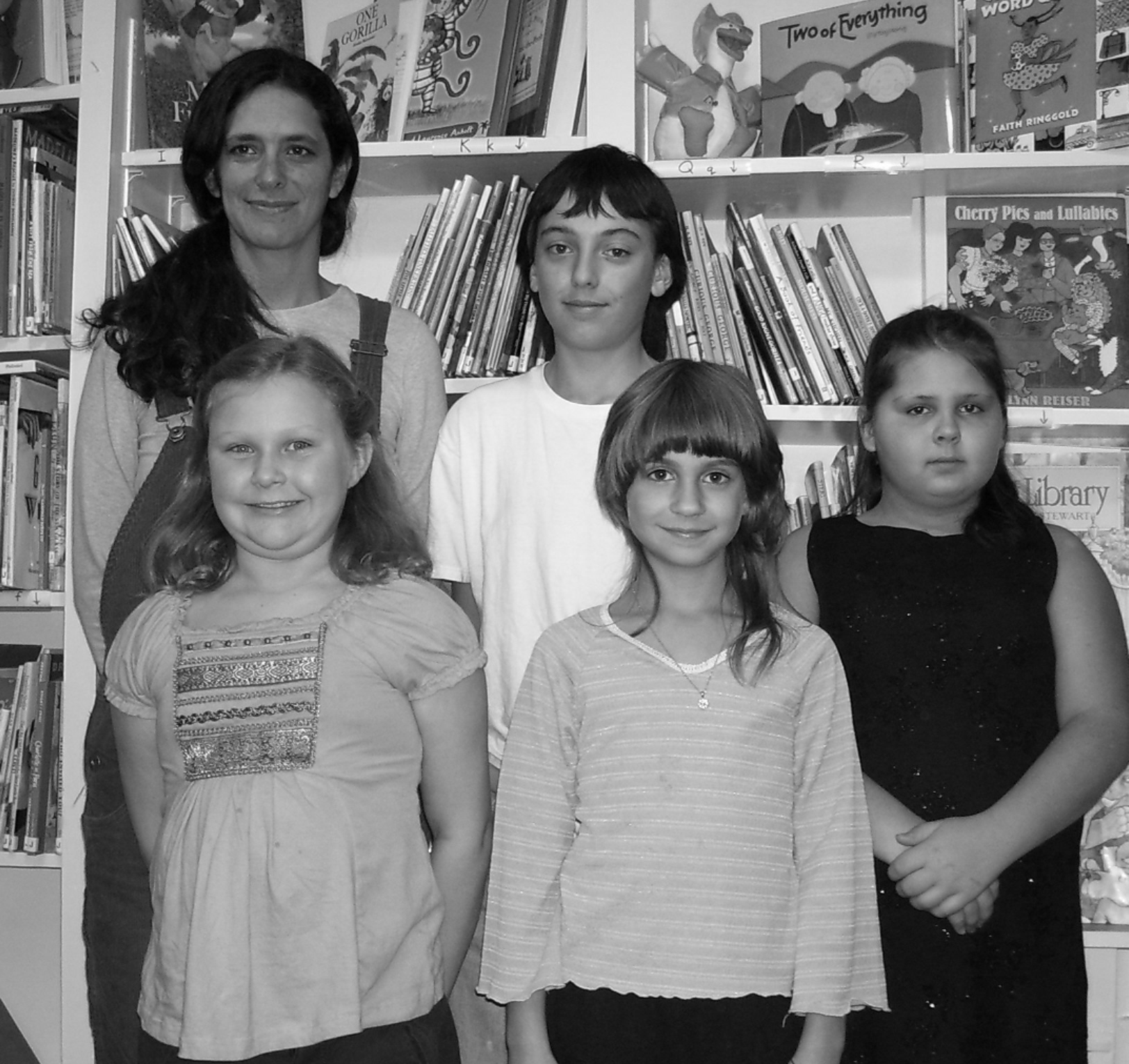 STUDENT STORYTELLERS SHINE AT ANDES LIBRARY — December 2006