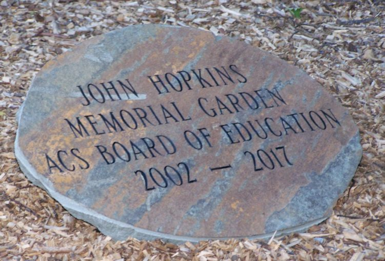 LAURYNN WEAVER DEDICATES GARDEN TO JOHN HOPKINS  - July 2018